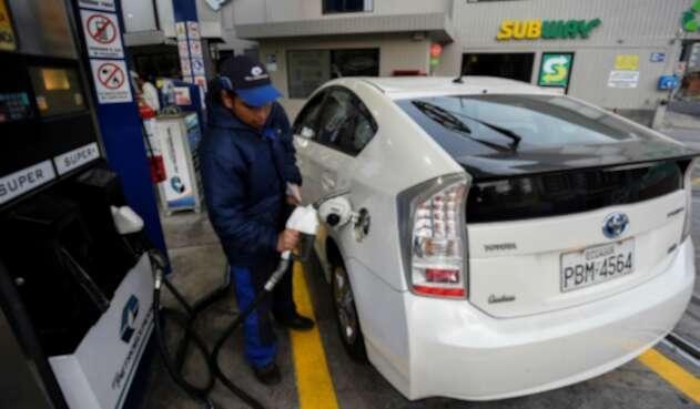 Estación de gasolina en Quito, Ecuador