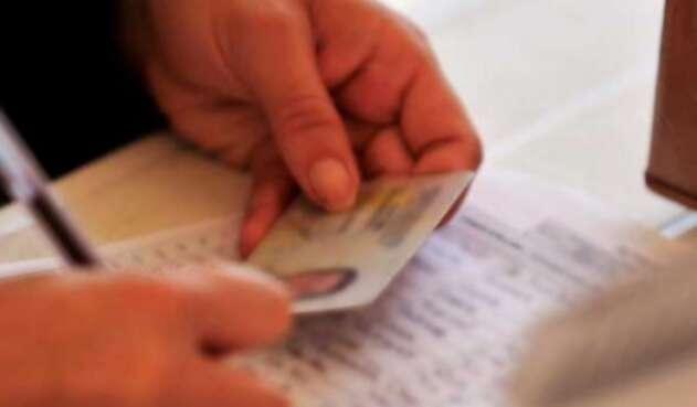 La anulación de estas cédulas se dio por presunta trashumancia para las elecciones del 27 de octubre