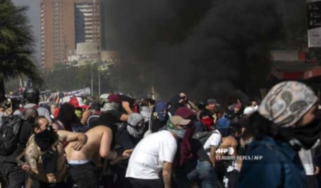 Violentas protestas en Chile dejan 15 personas muertas