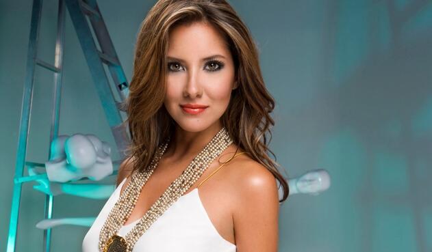 """""""Puedo decir que estoy soltera"""", confesó Daniella Álvarez, ex Señorita Colombia."""