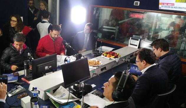 El Debate Inteligente en La FM y La Cariñosa