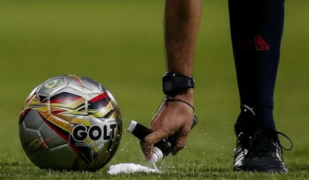El representante de los clubes le habia pedido que no intercediera por los jugadores