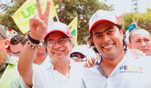 Gustavo Petro y Nicolás Petro, senador y candidato a la Gobernación del Atlántico