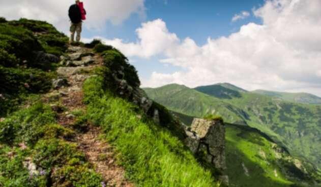 Viajero solitario - Turismo - Viajar por el mundo