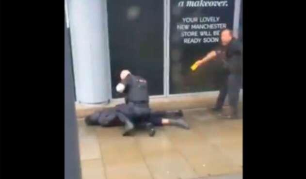 El ciudadano detenido en Manchester por agresión con arma blanca a presentes en un centro comercial