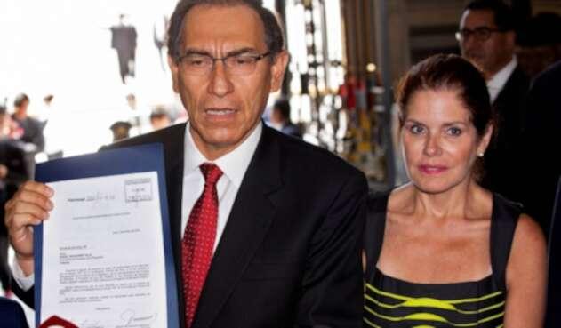 Martín Vizcarra y Mercedes Aráoz, los dos presidentes peruanos