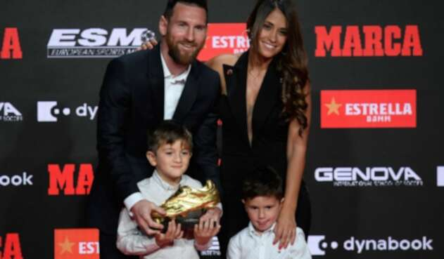 Lionel Messi al recibir su sexta Bota de Oro