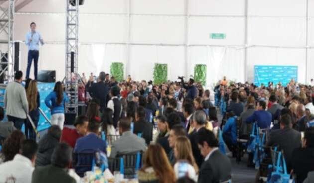 Miguel Uribe recibió la bendición de 1.000 pastores cristianos