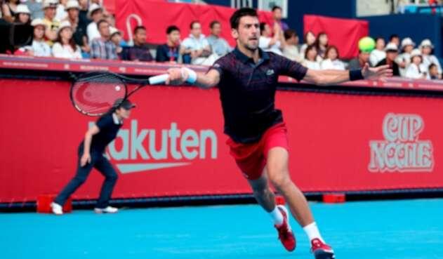 Novak Djokovic compite en Japón