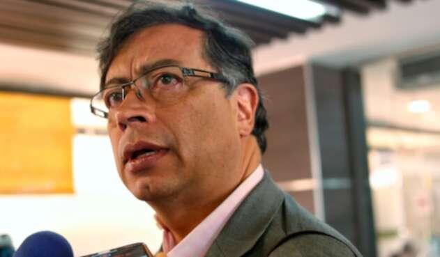Gustavo Petro, congresista