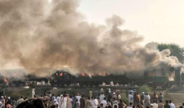Explosión en tren de Pakistán