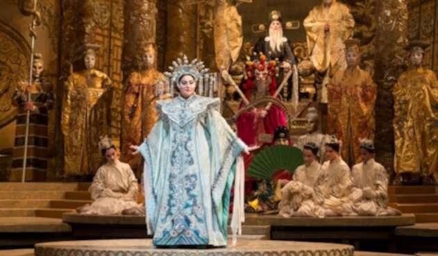 """""""Turandot"""" de Puccini en la MetOpera de Nueva York"""