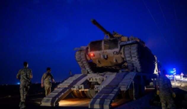 Turquía empieza a bombardear Siria