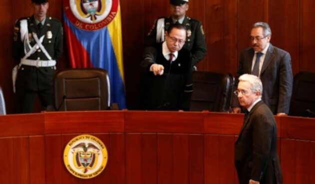 Tras indagatoria de Uribe en la Corte, estos son los escenarios ...