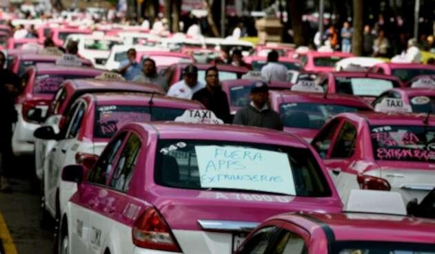 Protesta taxistas en México