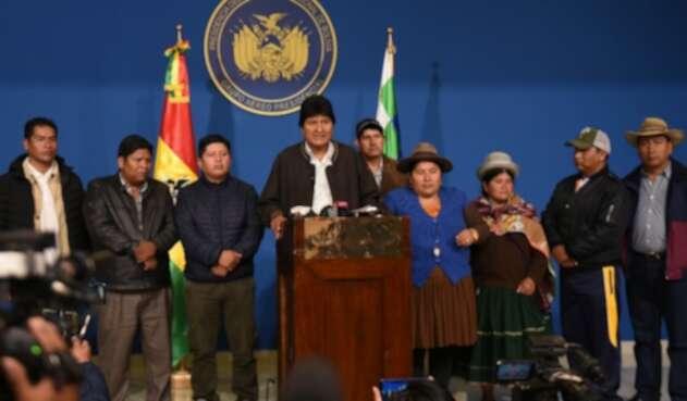 Evo Morales renunció a la presidencia de Bolivia tras 14 años en el poder