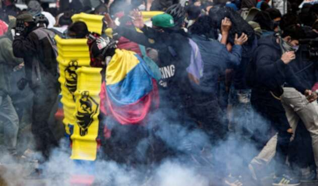 Protestas durante las marchas del 21 de noviembre en Colombia