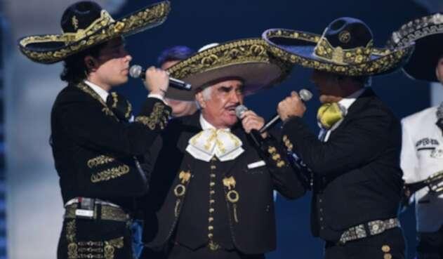 Alex, Alejandro y Vicente Fernández