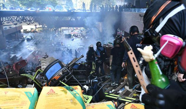 Disturbios en Universidad Politécnica de Hong Kong