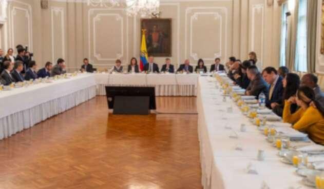 Reunión del Gobierno con el Comité del Paro