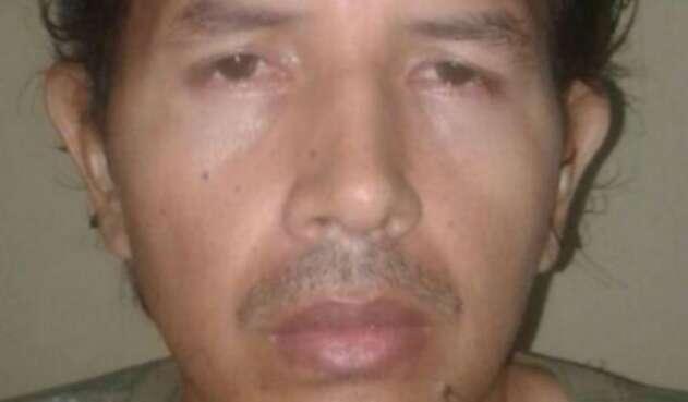 En firme condena Lobo Feroz.