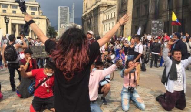 Manifestantes en la Plaza de Bolívar
