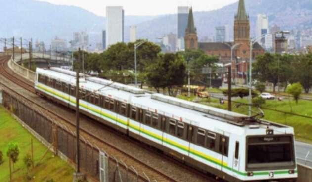 Recientemente, un vagón del Metro de Medellín fue pintado con un graffiti.