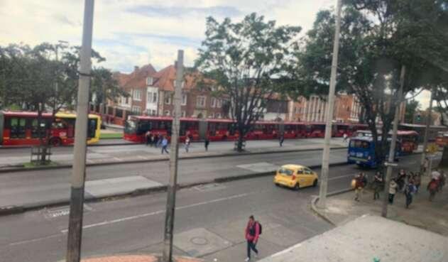 Por el paro nacional hay bloqueos en TransMilenio. La operación es complicada.