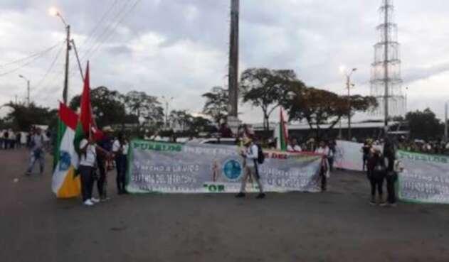 trabajadores e indígenas se concentran en el sector de Sameco.