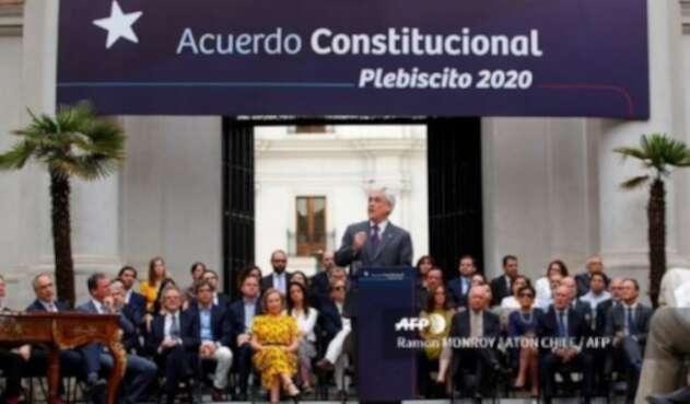 Sebastián Piñera promulga ley de plebiscito