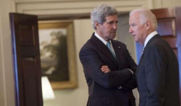 John Kerry y Joe Biden