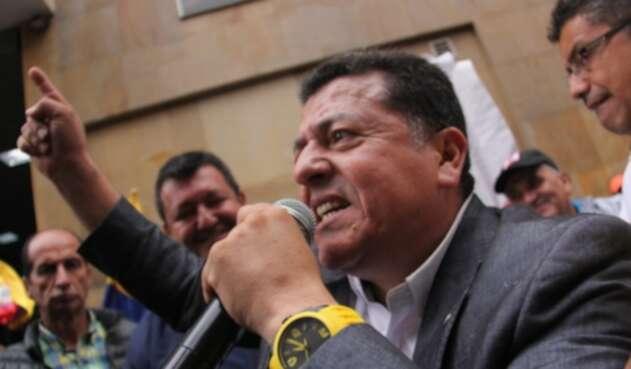 Líder gremial de taxistas, Hugo Ospina