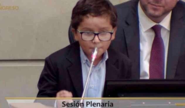 Francisco Javier, niño que irrumpió en el Congreso