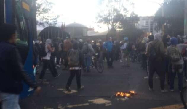 Protestas en la Séptima con 72