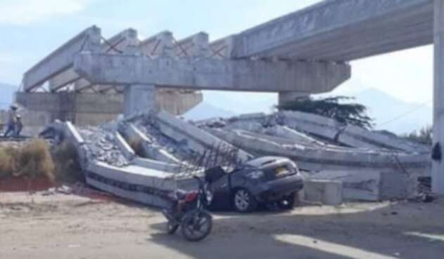 Desplome puente Ciénaga.