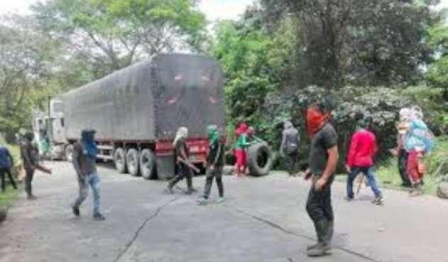 Bloqueada la vía Ocaña-Cúcuta