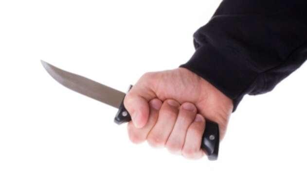 Ataque con cuchillo