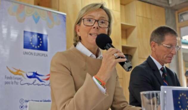 Patricia Llombart resalta los avances de Colombia en cumplimiento de acuerdos de pz