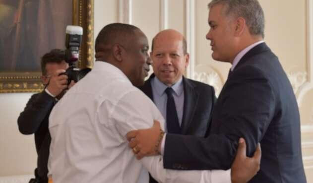 El líder social Leiner Palacios y el presidente Iván Duque