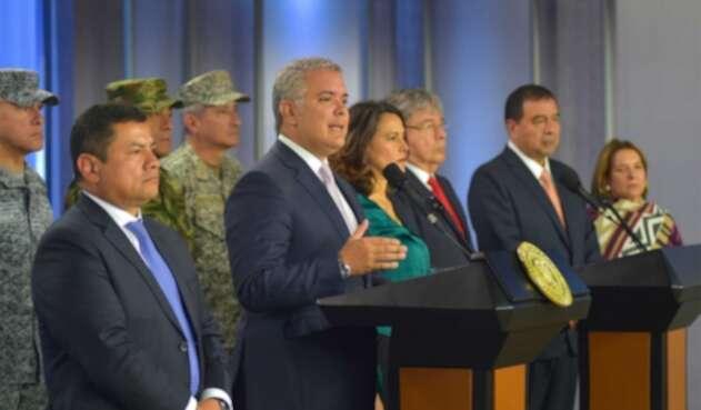 Presidente Iván Duque con los Ministros de Defensa, Justicia e Interio en compañía del Fiscal General de la Nación