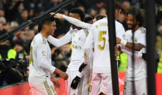 Real Madrid celebra gol ante Sevilla