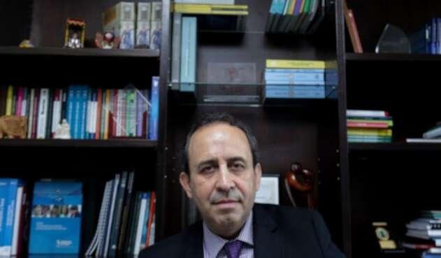 Superintendente de Salud, Fabio Aristizábal