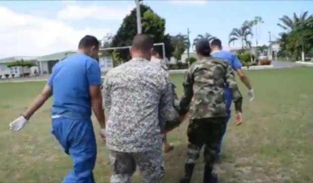 El Suboficial fue evacuado en un helicoptero del ejército
