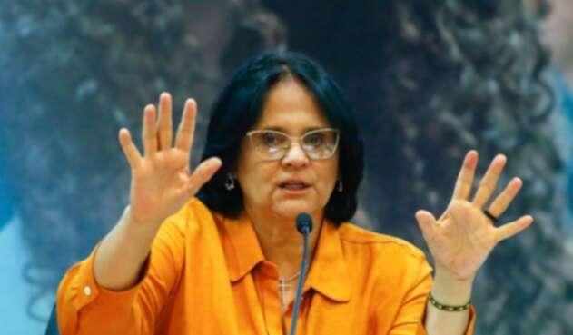 Damares Alves, ministra promotora de la abstinencia sexual
