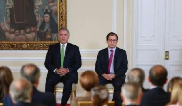 Presidente Iván Duque y fiscal Francisco Barbosa