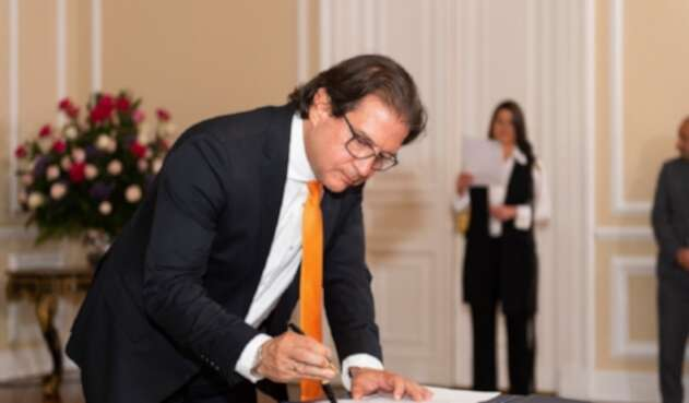 Ministro de Agricultura Rodolfo Enrique Zea