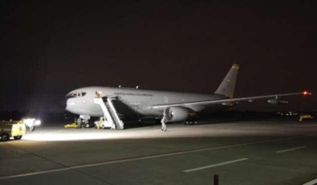 Avión Jupiter de la FAC con la Misión de traer a los Colombianos que se encuentran en cuarentena en Wuhan