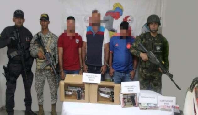 Los tres presuntos integrantes de este grupo armado fueron capturados en el municipio de San Pablo.