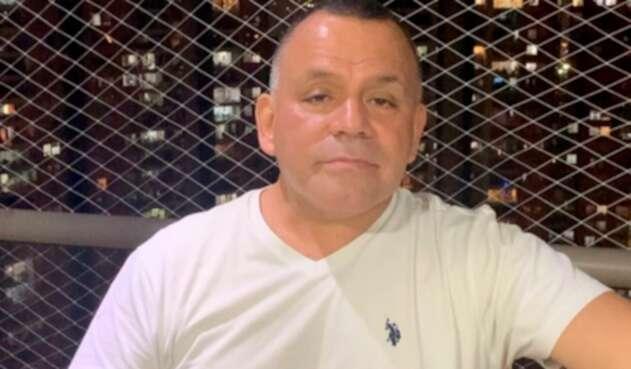 Fernando González, cantante de música tropical