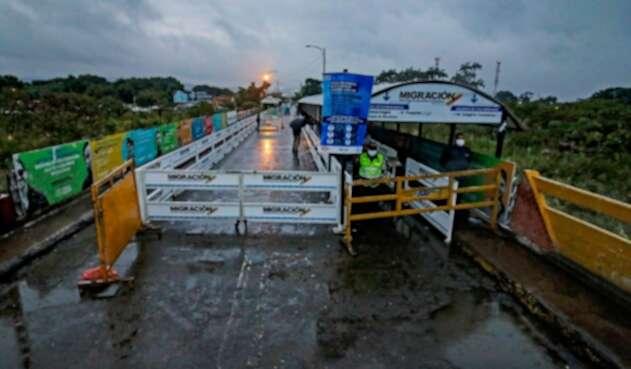 Frontera entre Colombia y Venezuela cerrada